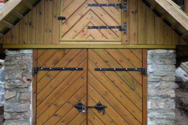 Koka durvju izgatavošana Vidzemē, SIA Kokrade, koka apdare